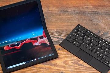 laptop layar lipat